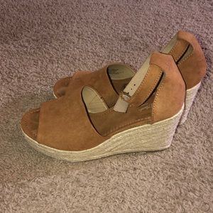 Shoes - Tan Espadrilles